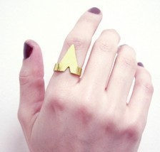 Unisex Stylish Punk Style Sharp Triangle Ring( Silver ) - $5.99