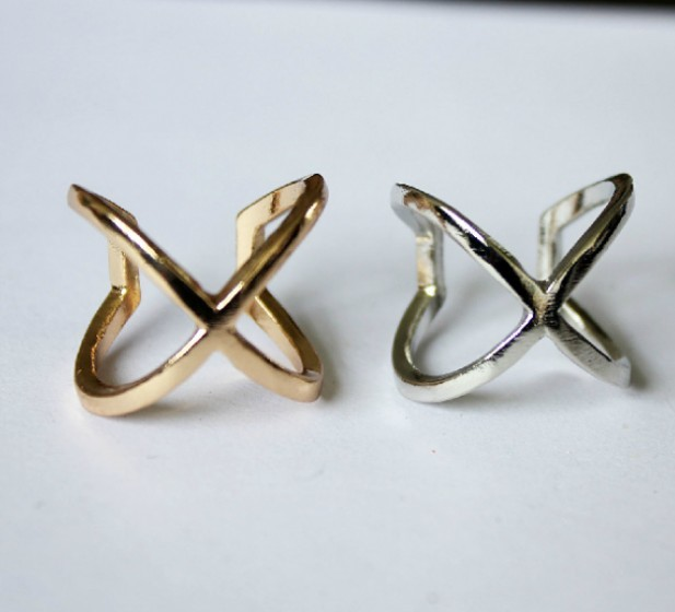 Unisex Rock Punk Style Cutout Metal Ring(Color:Gold /Silver )