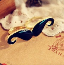 Mustache Knuckle Ring - $5.99