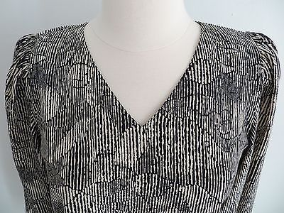Abstract print black beige loose-fit v-neck blouse top fits size SMALL secretary
