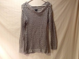 Wet Seal Gray Sweater Size Medium Wool Womens Ribbed Crew Neck Cuffs