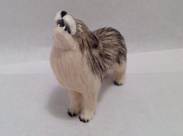 Wild Brown and Tan Howling Wolf Animal Figurine - recycled rabbit fur image 3