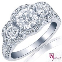2.09 Carat (0.80) E/VS2 Three-Stone Round Diamond Engagement Ring 14k Wh... - €3.953,22 EUR