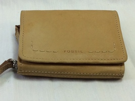 Women Wallet Taupe, Fossil Brand, Leather, Trifold. - $4.95
