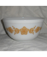 Vintage 1970s PYREX #402 White Butterfly Gold 1... - $24.95
