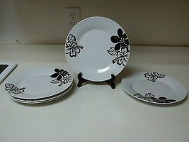 ONE ~ Set of 5 Stoneware Dinner Plates White With Black Flowers 10 3/4 Inch - $49.49