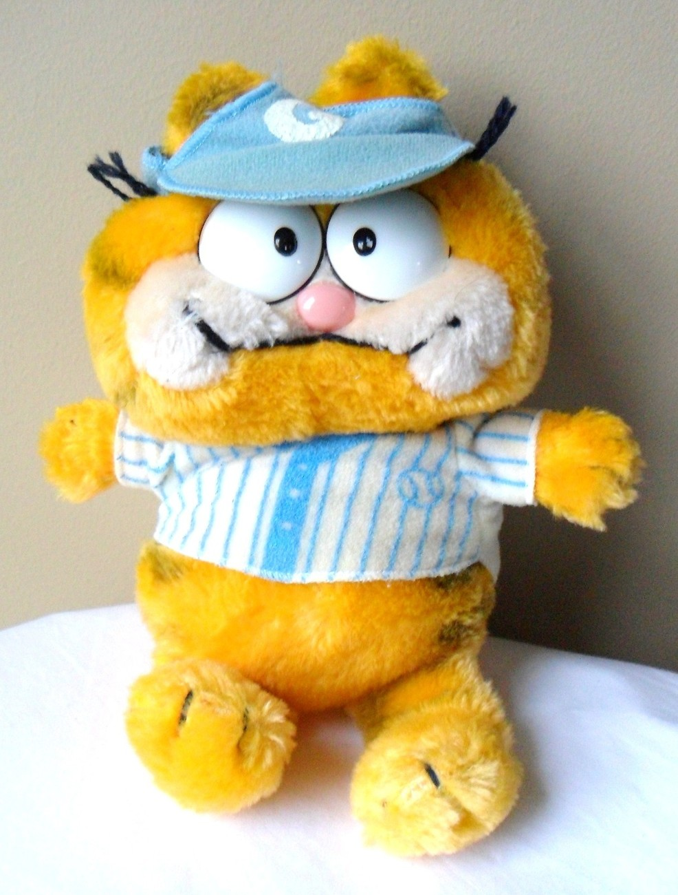 "GARFIELD 1981"" Dakin Vintage Baseball Player  9"" Plush Stuffed Cat Toy Hat Blue"