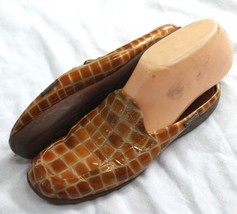 MEPHISTO GOLDEN TAN PATENT EMBOSSED CROCODILE L... - $25.00