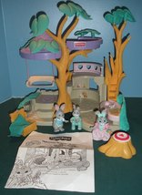 Vintage Fisher Price #74733 Bunny Home COMPLETE... - $75.00