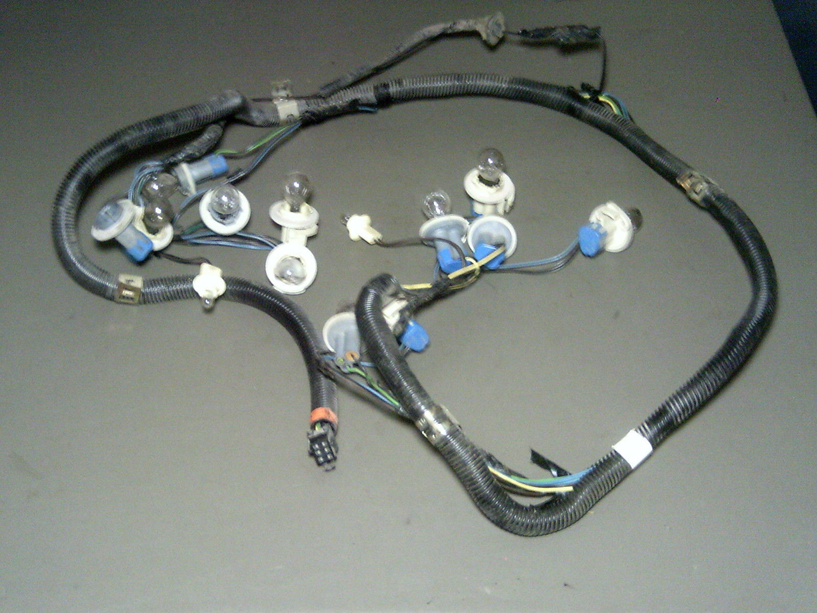 Primary image for 92 93 Grand Prix 4-DOOR CHECKERD LENS ONLY Tail Light Taillight Wiring Harness
