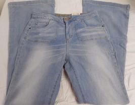 Women's Juniors Arizona Jeans Flare Faithful Size 11 NEW - $26.72