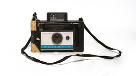 VINTAGE POLAROID 210 AUTOMATIC INSTANT LAND CAMERA  *Untested**AS IS* - $8.90
