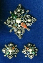 Vintage Sarah Coventry Rhinestones And Molded Glass Brooch And Earrings Set - $19.99