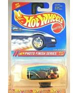 1995 Hot Wheels #332 Photo Finish Series 2/4 FLYIN' ACES BLIMP White Bla... - $9.00
