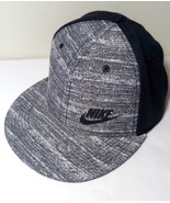 NIKE SWOOSH TRUE SNAPBACK GREY BLACK SPORTS HAT CAP NEW - £12.18 GBP