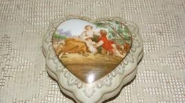 Vintage Italian Courting Couple Porcelain Trinket Box - $19.79