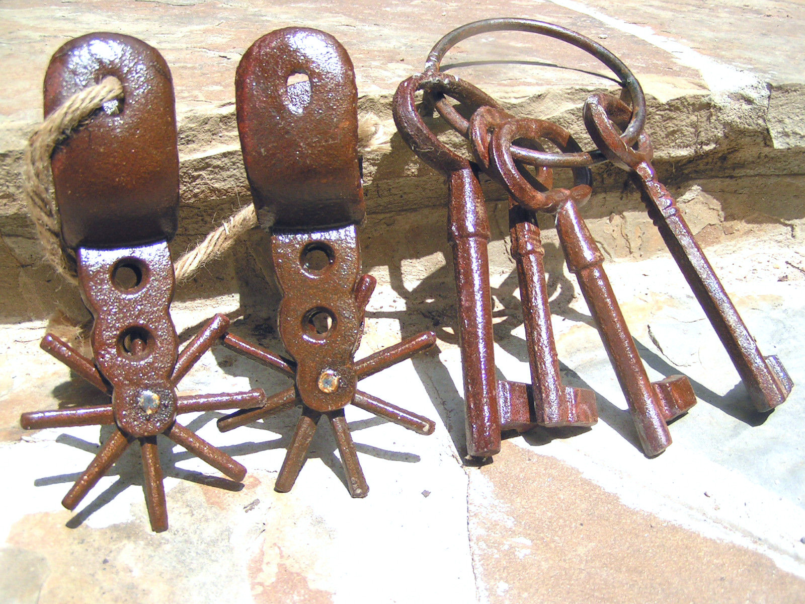 Primary image for Cast Iron Rusty Mexican Vaquero Pancho Villa style Spurs and JAIL keys bz