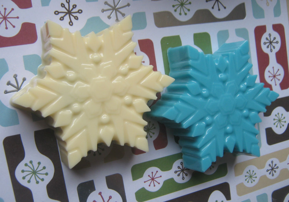 Snowflake chocolate covered oreo sandwich cookie party favor candy buffet treat image 5