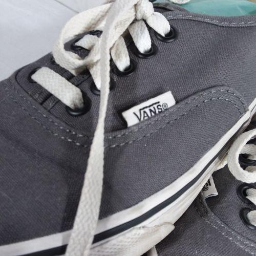 Vans Gray Classic Sneakers Shoes Men's Size 6 Women's Size 8 EUR 38.5 Lace Up image 2