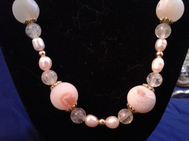 "21.5"" Handmade Pink Druzy Agate, Genuine Pearl, and Amber Beaded Necklace Z292"