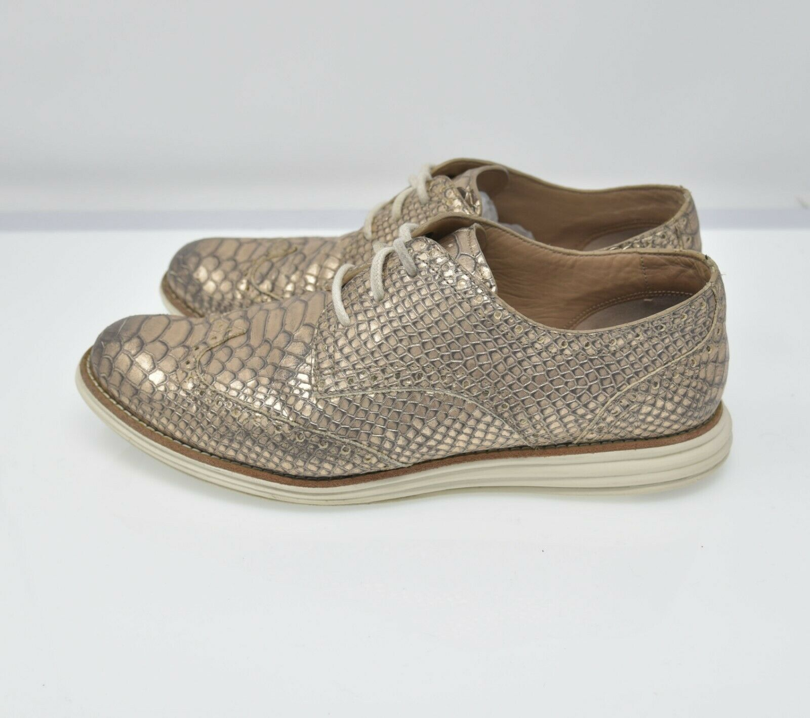 Cole Haan Lunarlon Lunargrand Women's Sz 8B Gold Scale Lace Up Comfort Walking