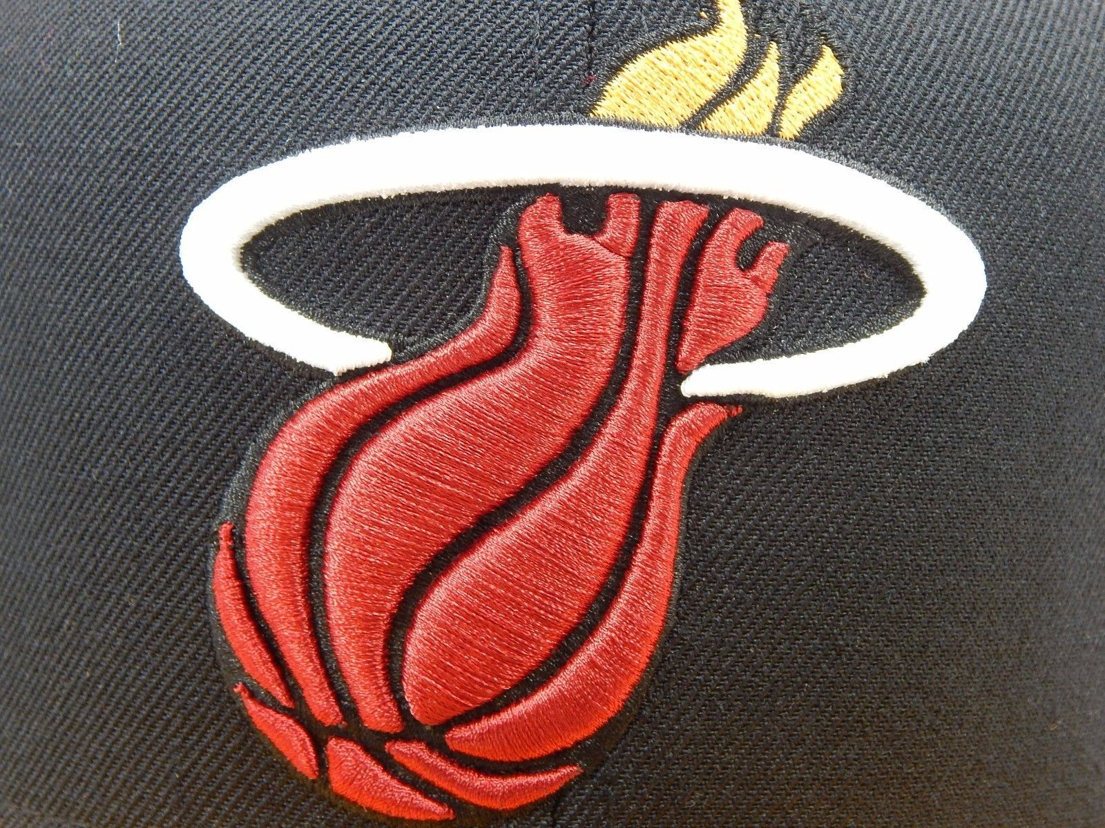 Miami Heat Mitchell & Ness Size 7 1/2 Crown Fitted NBA Cap Hat Black Red Gold