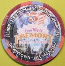 $5 Casino Chip, Fremont, Las Vegas, NV. Fremont St. G.O. 1995. Q99. - $6.50