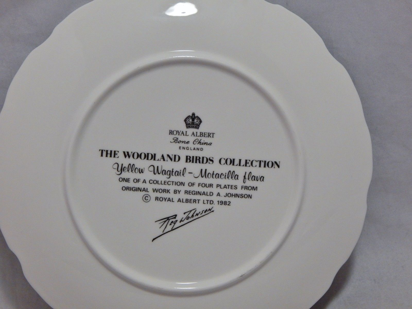 Royal Albert England The Woodland Birds Collection Plate Yellow Wagtail