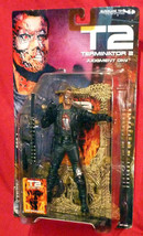Terminator 2 Judgement Day McFarlane Movie Maniacs T-800 Figure New on card - $19.95