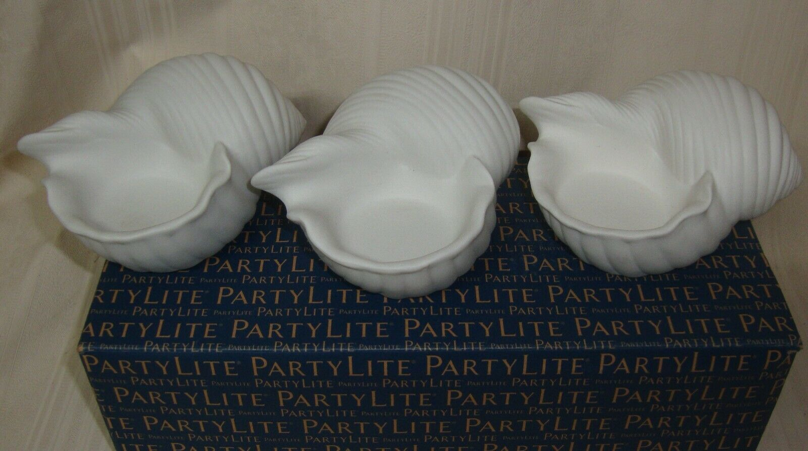 Primary image for PARTYLITE Conch Shell Tealight Trio Candle Holder NEW Great Gift 3 Candle Holder