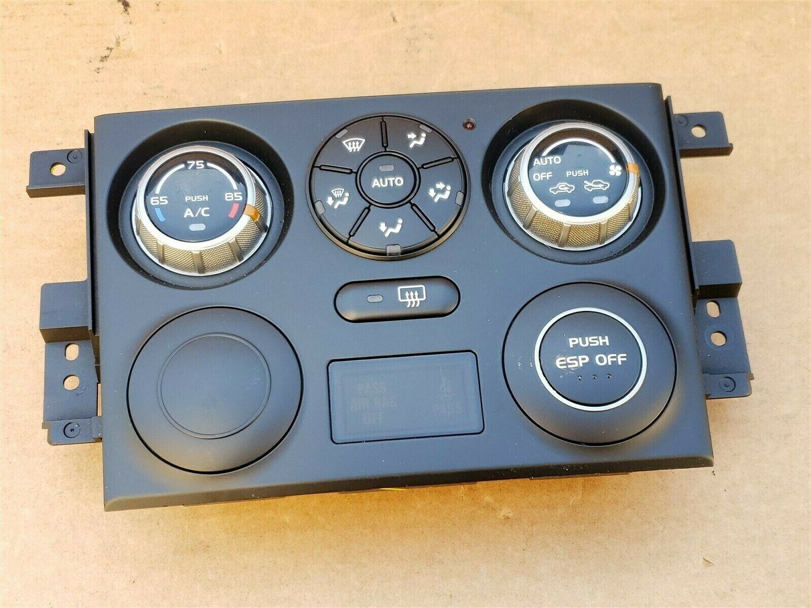 06 Suzuki Grand Vitara Air AC Heater Climate Control Panel 39510-65J23-CAT
