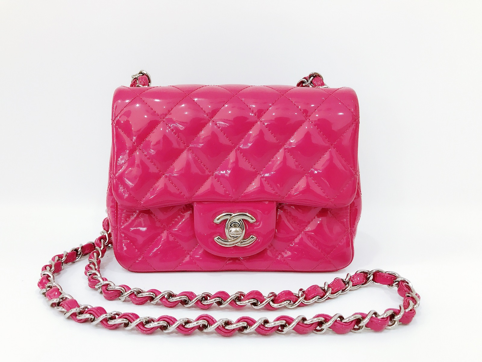 c3c7d92e9cd05d AUTHENTIC CHANEL PINK QUILTED PATENT LEATHER SQUARE MINI CLASSIC ...