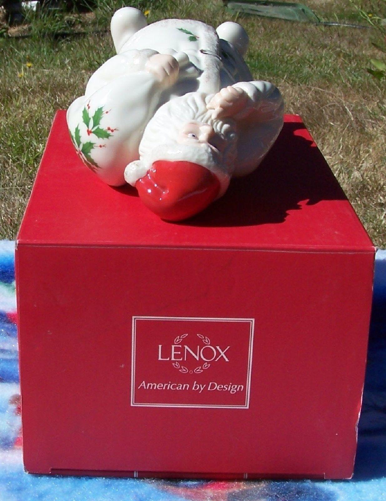 Lenox SHH... Santa Weihnachtsmann Christmas Holiday Figurine Macy's Exclusive