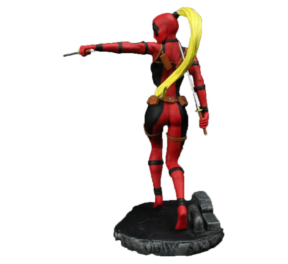 Lady Deadpool Figure Diamond Gallery Marvel Femme Fatales 1/8 Scale Statue NEW