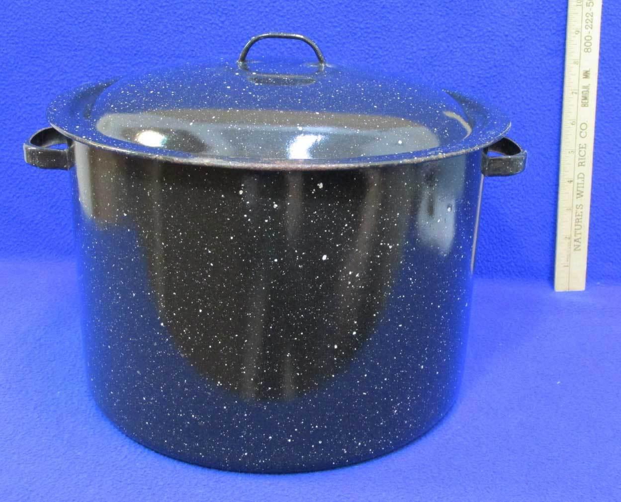 enamel stock canning pot w lid strainer and 50 similar items. Black Bedroom Furniture Sets. Home Design Ideas