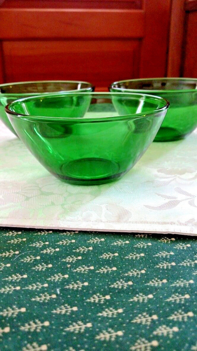 VTG France Glass French Kitchen Glass Arcoroc Emerald Green Glass Bowl, VINTAGE Set Three Serving Bowl,