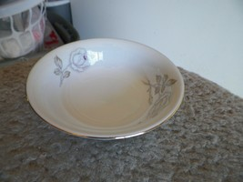 Johann Haviland Dawn Rose fruit bowl 10 available - $3.12