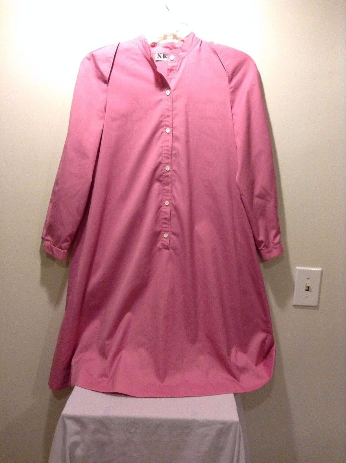 Ned Gould Straight Cut Pink Button Up Dress Poly Blend Used Great Condition