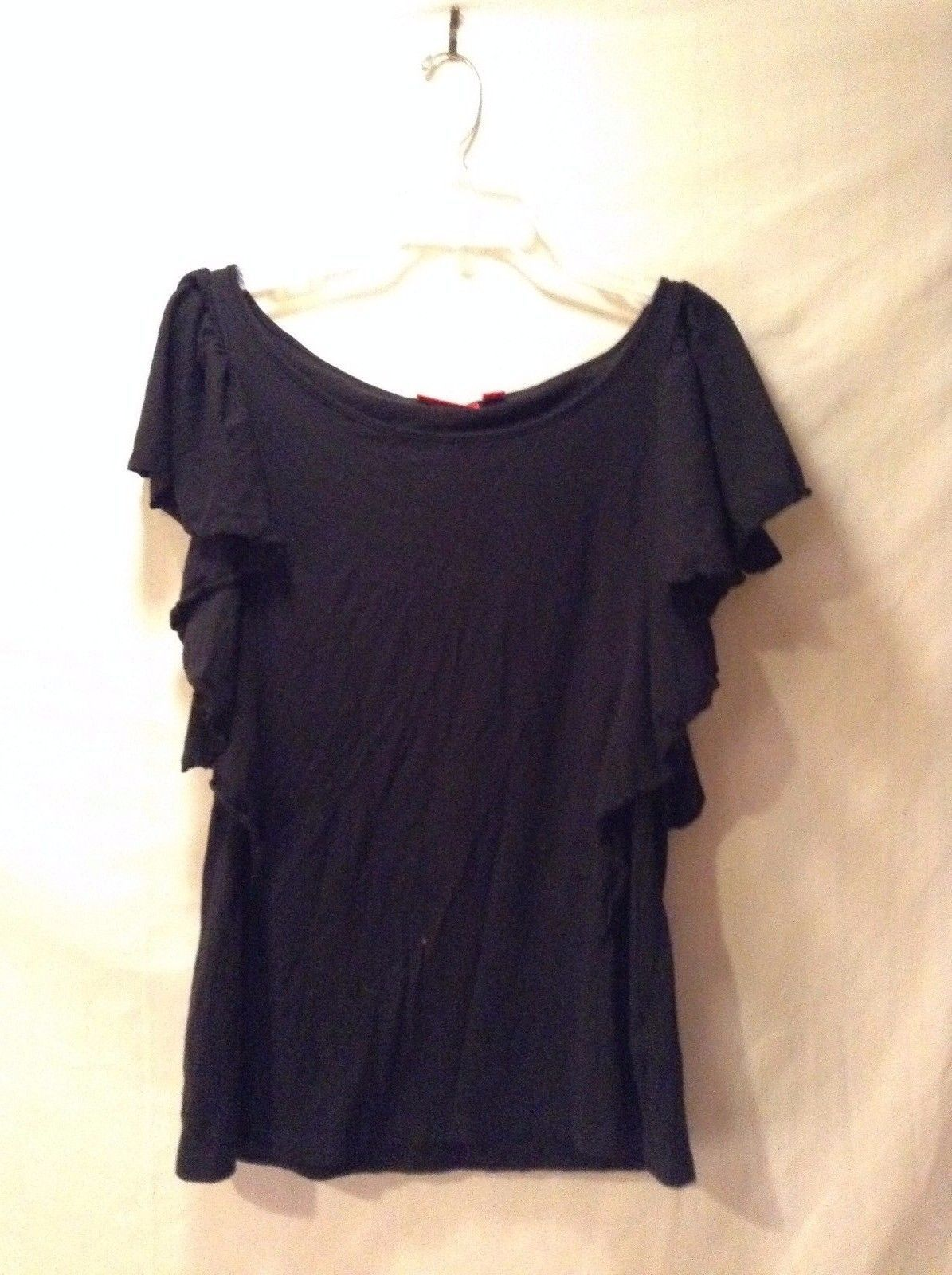 Women's ELLE Black Ruffled Sleeve Lightweight Short Sleeve Good Used Condition