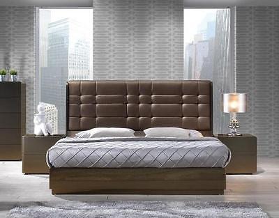 J&M Ferrara Bronze and Brown Platform Bed Set 3pcs King Modern Contemporary