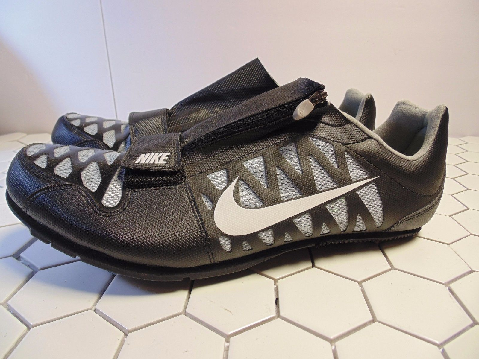 sports shoes cede8 a50bf S l1600. S l1600. Previous. Mens Nike Zoom LJ 4 Long Jump Pole Vault Cleats  Spikes  415339-002 · Mens Nike Zoom ...