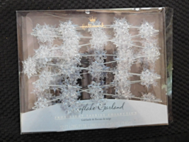 Hallmark Cards 12' Snowflake Garland Frost Lights 2001 Brand New!!!!! - $9.99