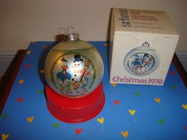 Schmid 1976 Disney Family Collectors Series Ornament 3rd In Series - $15.99
