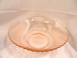 Pink Petalware Depression Glass Large Berry Bowl MINT - $12.49