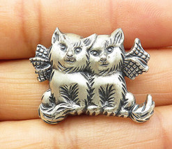 925 Sterling Silver - Vintage Etched Sitting Kittens Love Brooch Pin - BP2790 - $34.27