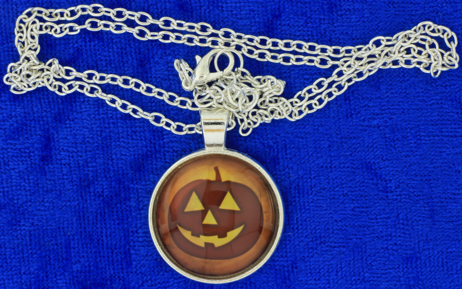 Halloween pumpkin necklace cabochon