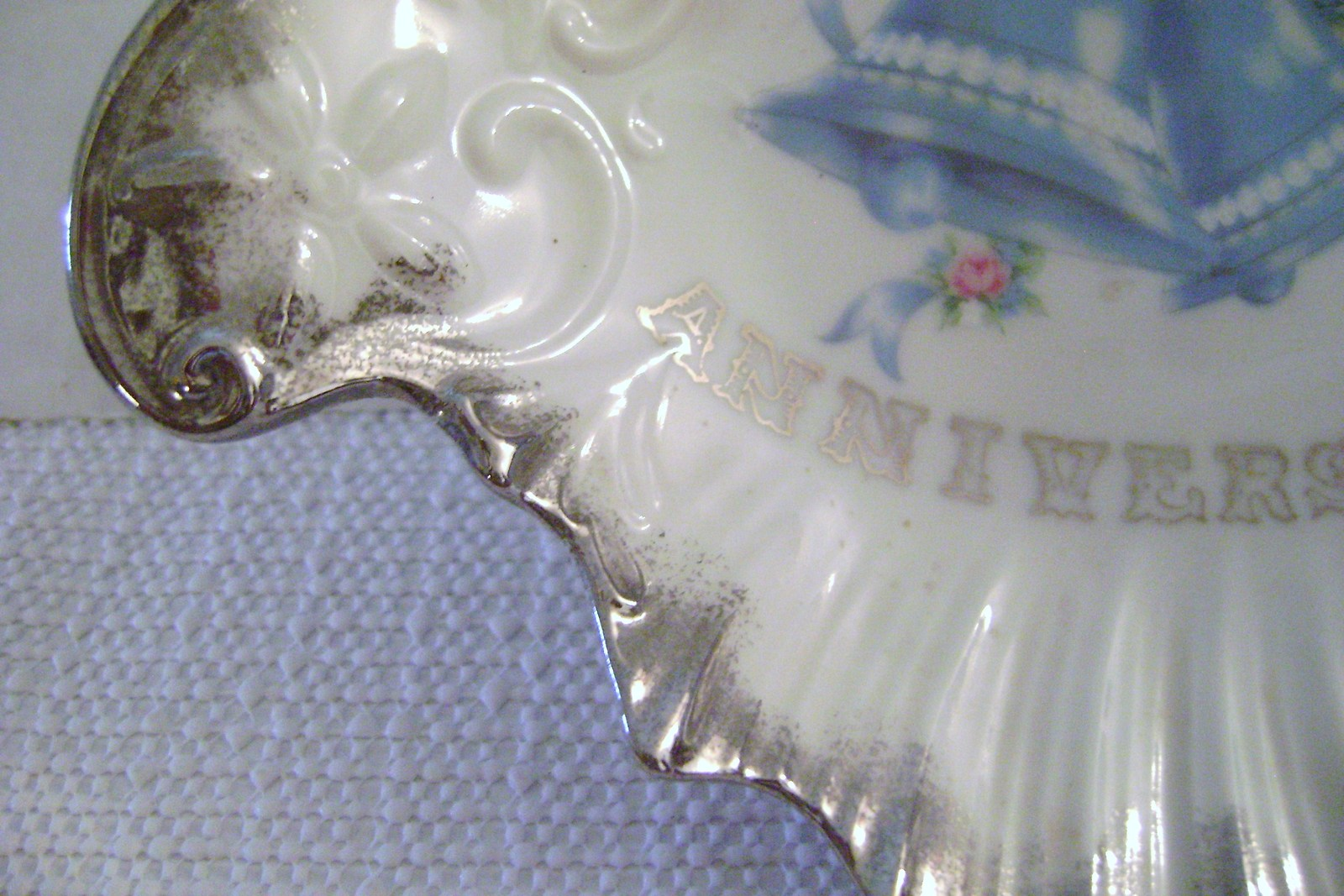 Vintage Norcrest Silver Anniversary  Amoeba shaped Candy Dish