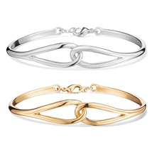 Avon Metal Twist Interlocking Bracelet In Goldtone - $6.79