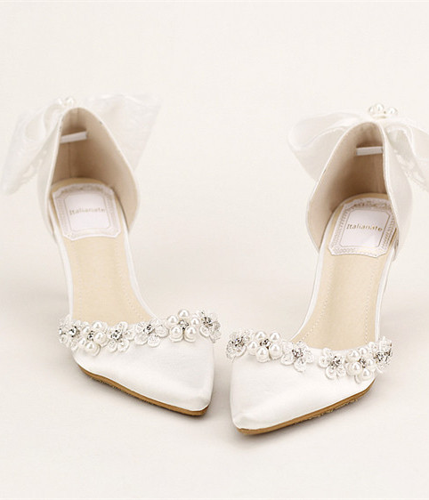 Primary image for White wedding shoes Ivory bridal shoes Ivory low heels Ivory wedding heels
