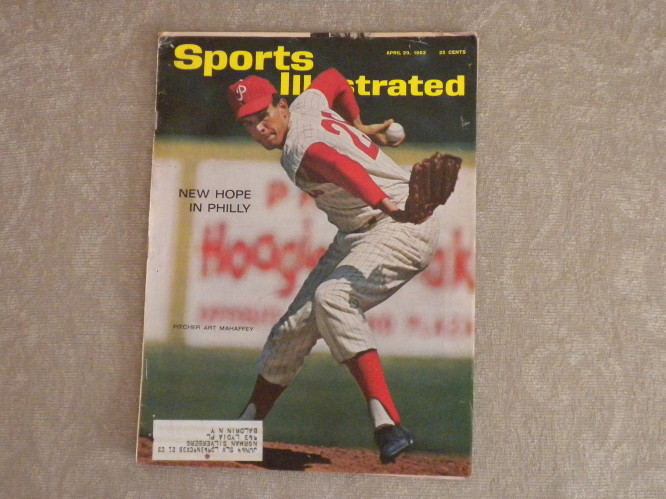 Primary image for Sports Illustrated April 1963 Art Mahaffey Phillies,Tony Roche, Daisy, Boston